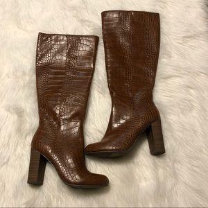 NEW Comfort Est 1946 Heeled Boots